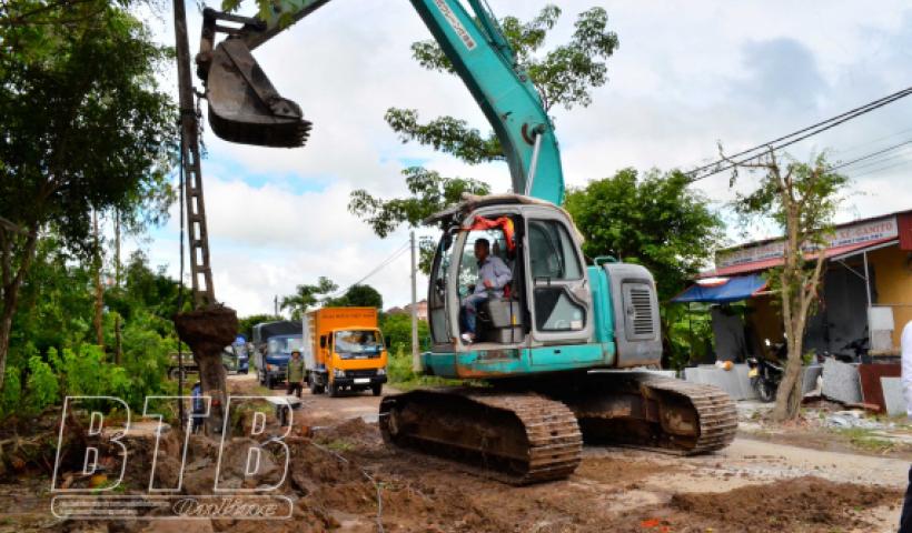 Đẩy nhanh tiến độ giải phóng mặt bằng các dự án giao thông trọng điểm