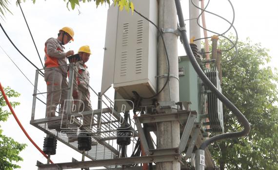 Bảo đảm cấp điện an toàn, ổn định