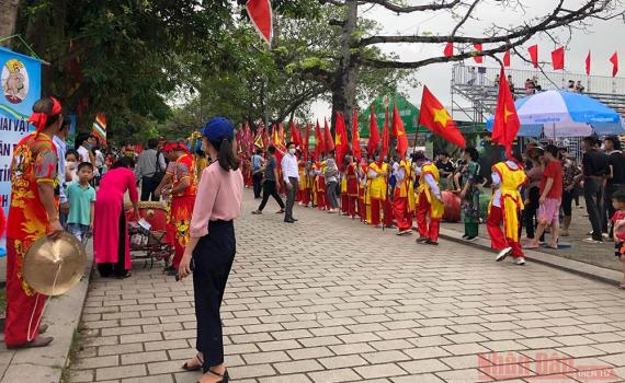 Đề nghị các địa phương hạn chế các hoạt động văn hóa, thể thao và du lịch, tạm dừng các lễ hội