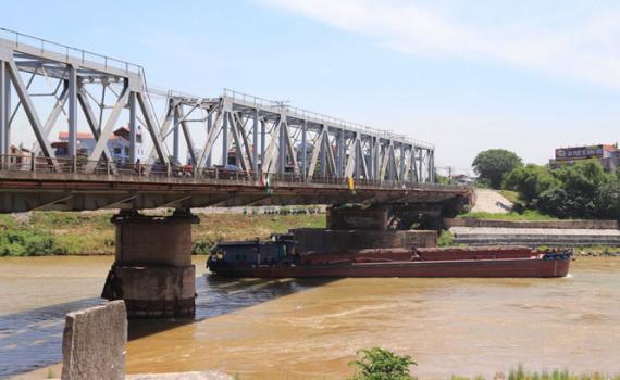 Hà Nội: Tạm cấm tàu thuyền lưu thông qua luồng đường thủy cầu Đuống từ ngày 4-5