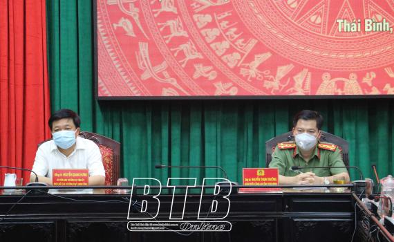 Phát lệnh ra quân bảo đảm an ninh trật tự ngày bầu cử