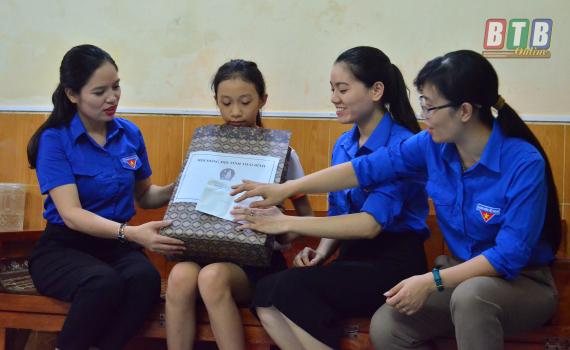 Có hơn 21.000 em thiếu niên, nhi đồng đạt danh hiệu cháu ngoan Bác Hồ mỗi năm